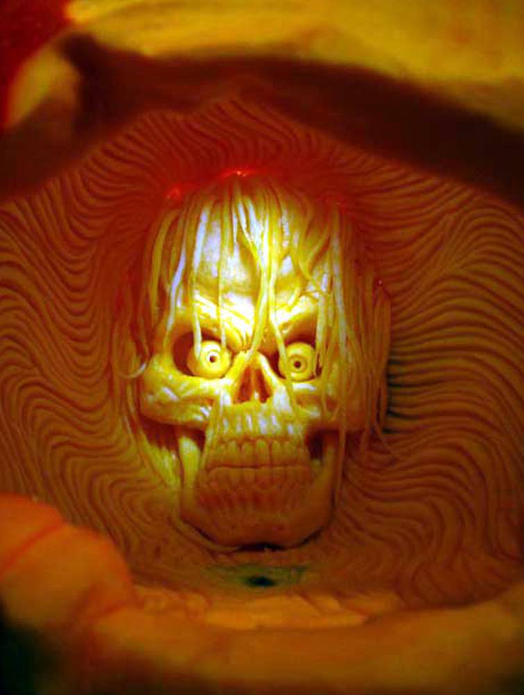 Pumpkin carving amazing work of art by ray villafane