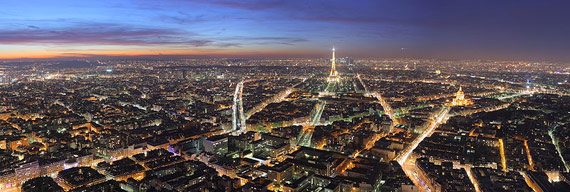View over Paris, at dusk, from the Maine-Montparnasse tower This panorama is made from 8 photos taken with a Canon 400D+EF-S 17-55 f/2.8 at 28mm, f/8.0, 25sec and ISO 100. Hugin and Enblend were used for stitching. Gimp was used for some slight post-processing. This is a featured picture on Wikimedia Commons (Featured pictures) and is considered one of the finest images.